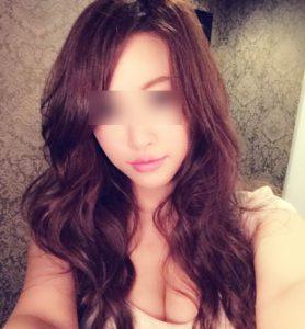 セクシー女優の女性
