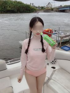 萌え系ロリータ女性